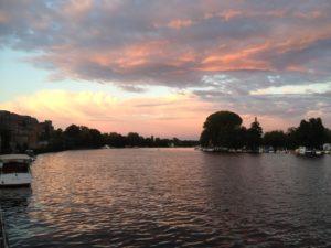Morgens - Blick aufs Wasser.